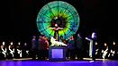 HOFFMANNS ERZÄHLUNGEN - Regie: Bettina Lell - Bühne/Kostüm: Jeannine Cleemen & Moritz Weißkopf - Foto: Sabine Haymann