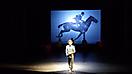 LUFTBEBEN 100_14 - Regie: Wolf Widder / Robert Eikmeyer - Bühne: Joanna Surowiec - Foto: Peter Halbsgut
